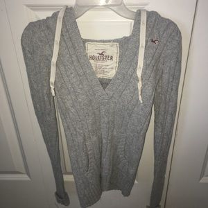 Sweaters - Hollister sweater